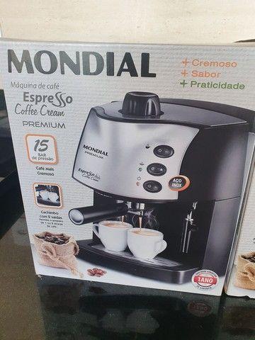 VENDO CAFETEIRA EXPRESSO  MONDIAL NOVA SEM USO - Foto 3