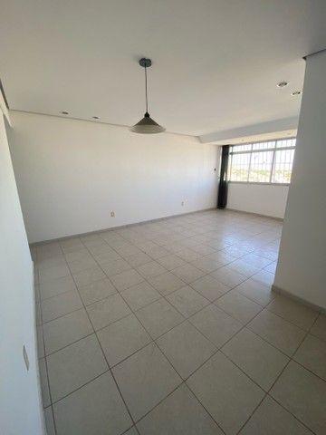 VENDE-SE apartamento no edificio IMPERIAL no bairro CENTRO - Foto 8