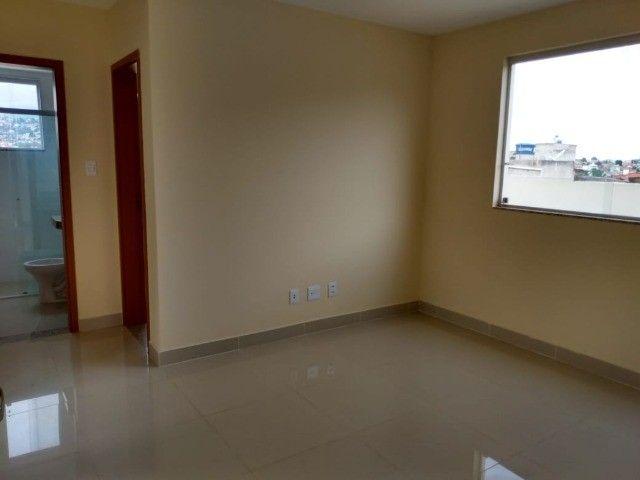 Cod.:2394 Apartamento, 2 quartos, 50m², 1 vaga livre descoberta, no Candelária Venda N - Foto 2