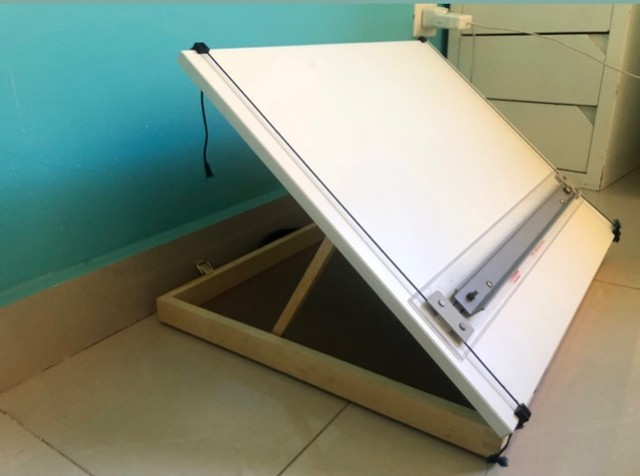 Prancheta/mesa de desenho Trident A3 (folha A2) super novinha  - Foto 3