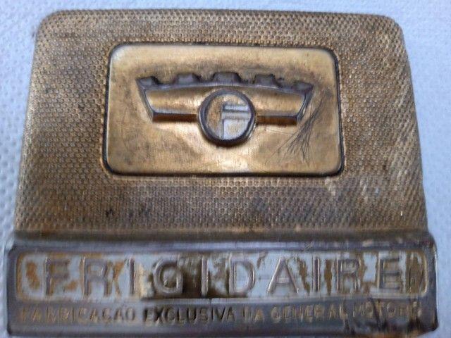 Frigidaire Emblema para estaurar