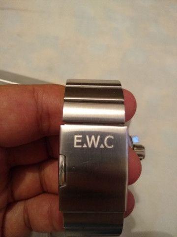 Relógio E.W.C - Foto 2