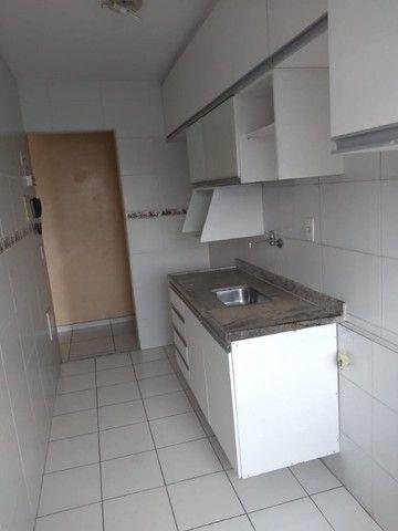 Vendo Apartamento Mobiliado em condominio fechado. - Foto 2