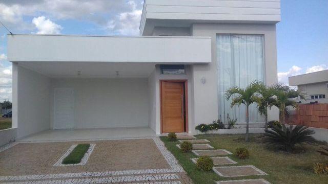 Casa térrea 170 m² 3 suítes com ar condicionado, e armários Garagem coberta 2 Garagem desc
