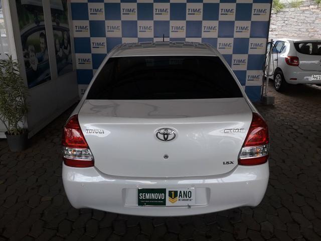Toyota Etios 1.5x 2016/2017 aut - Foto 6