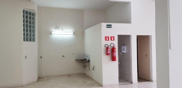 Salão comercial com 360 metros quadrados a 500 metros do metros carrão - Foto 9