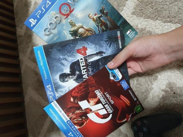 PlayStation 4, 1tb, 3 jogos - Foto 2