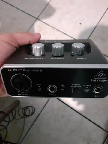 U-phoria um2 - Foto 2