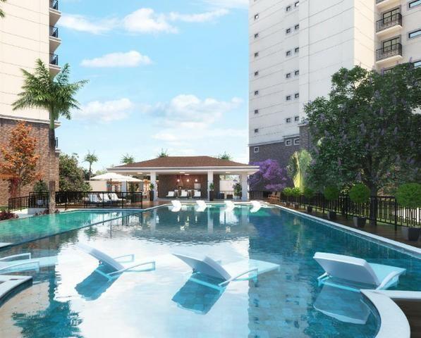 Apartamento com 04 Suítes sendo 01 Master com Varanda _ Cidade do Porto