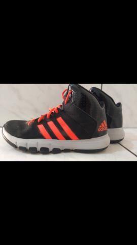 Tênis Adidas número 36 - Foto 2