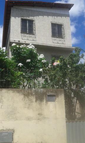 Casa 4 quartos quintal area pra garagem - Foto 2