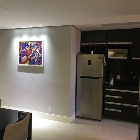 Lindo apartamento mobiliado e duas vagas de garagem - Foto 17