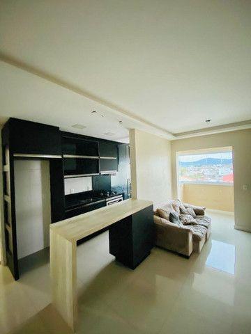Apartamento cordeiros parte alta mobiliado - Foto 15