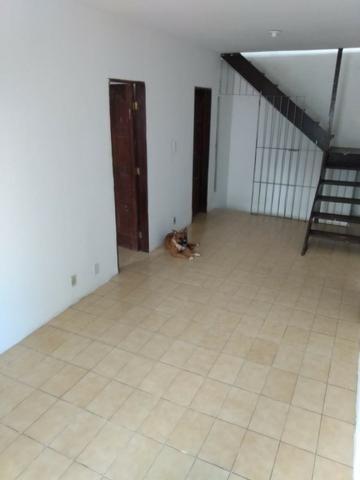 SU00060 - Casa tríplex com 05 quartos em Itapuã - Foto 5