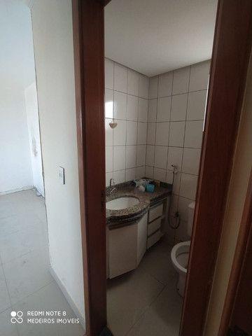 Ágio de apartamento de 75m² com 3qts, 1 suite e fino acabamento-todo no porcelanato ! - Foto 13