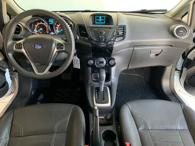 Ford Fiesta Hatch Titanium 1.6 automático 2015, apenas 45.000km, Único dono - Foto 9