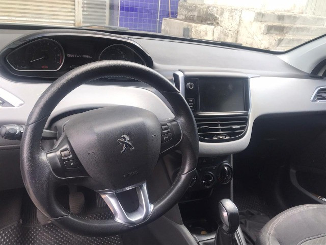 Peugeot 208 - 14/14 - Foto 6