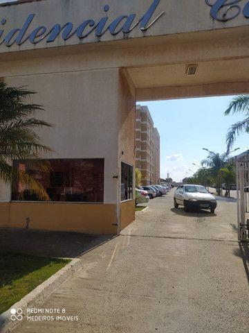 Ágio de apartamento de 75m² com 3qts, 1 suite e fino acabamento-todo no porcelanato !