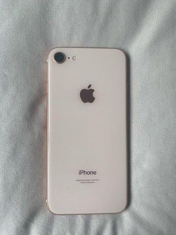 Iphone 8 gold de 64GB - Foto 5
