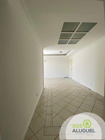 Edifício Residencial Tucanã, 03 quartos sendo 01 suíte, próximo ao choppão. - Foto 2