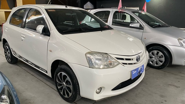 Toyota Etios 1.3 flex 2013   ( super novo ) - Foto 2