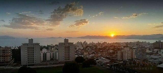 Apartamento à venda no bairro Estreito - Florianópolis/SC - Foto 17