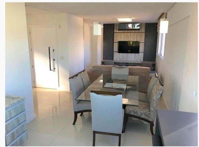 Amplo apartamento Mobiliado 1 por andar Barra Sul Balneário Camboriú - Foto 2