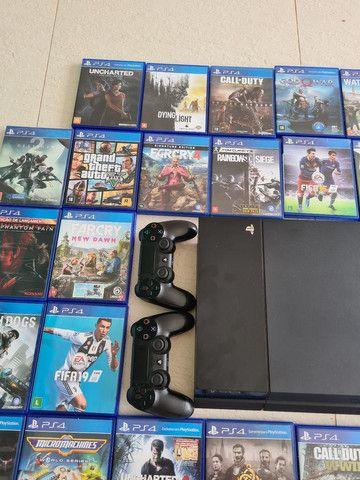 Vendo PS4 com 2 controles e 34 jogos originais - Foto 5