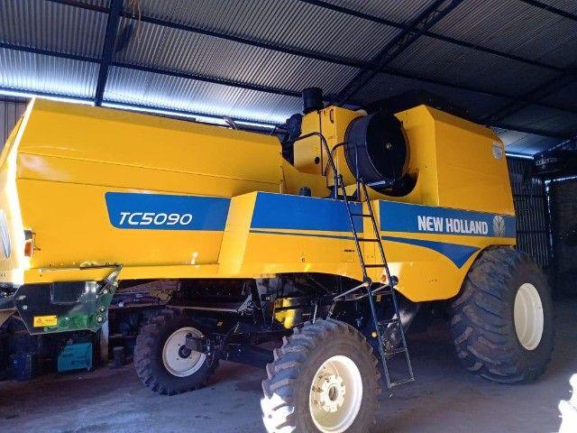 Colheitadeira New Holland TC5090 - Foto 4