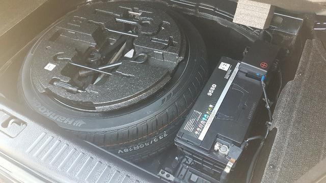Carro Hyundai Genesis. Aceito troca por imovel (Até 150 mil) ou carro - Foto 9