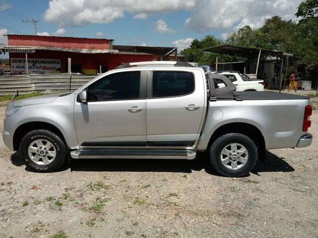 Vendo camionete S10 Flex 4x2 manual ano 13/14 com 105 mil km rodado. - Foto 6