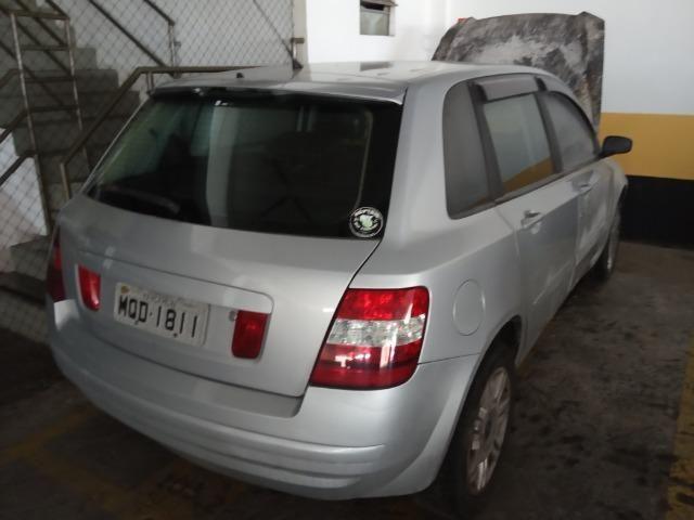 Fiat Stilo Conect - prata - 2004/05 - Gasolina 1.8 - 16v -122cv