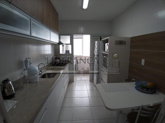 Apartamento, saco grande, 2 dormitórios, sendo 1 suíte. - Foto 10
