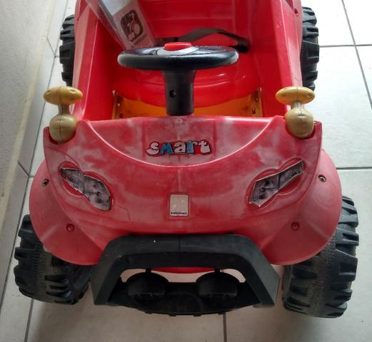 Carrinho passeio Smart com pedal/base - Bandeirantes - Foto 2