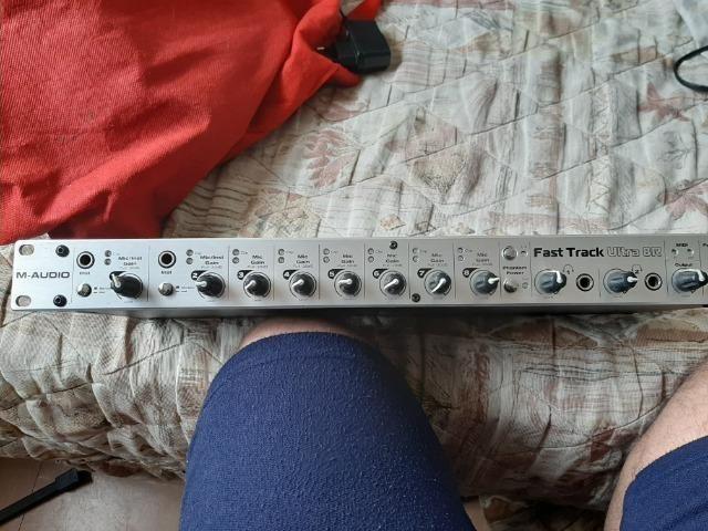 Placa Audio Fast Track Ultra 8r Interface Áudio - Foto 3
