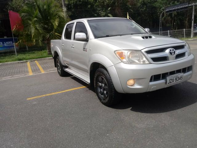 Vendo Hilux 2006 diesel 3.0 4x4 impecável - Foto 10