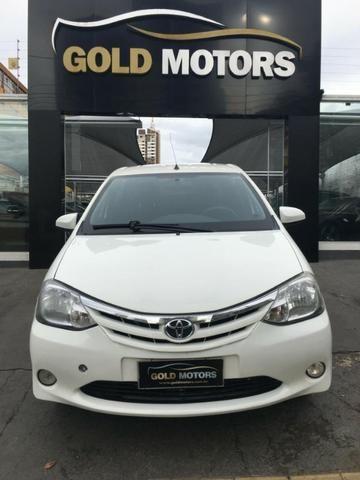 Toyota Etios Sedã XLS 1.5 M/T
