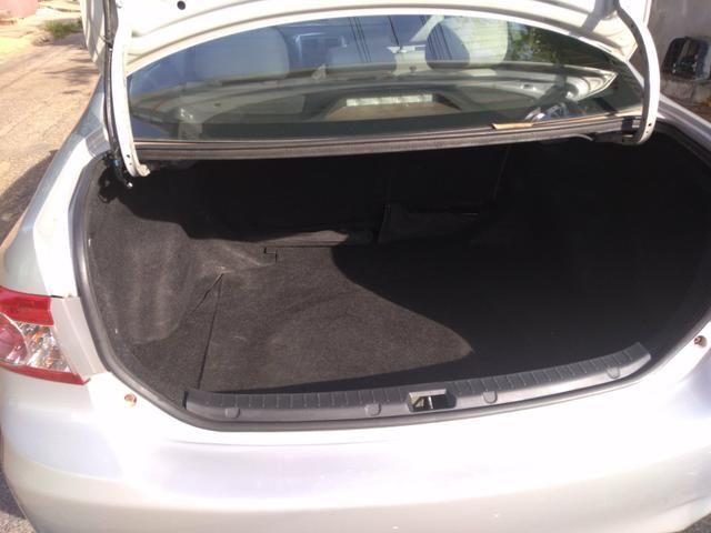 Corolla Gli 1.8 Prata Automático flex prata 2012