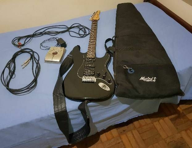 Guitarra Condor Strato. - Foto 4