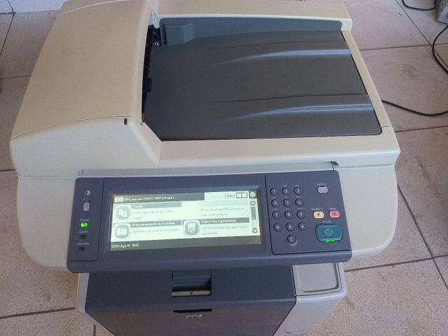 Impressora e copiadora HP p3027 bem conservada com toner novo  - Foto 3
