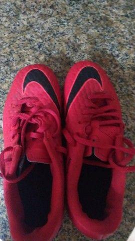 Chuteira Da Nike com travas  - Foto 3