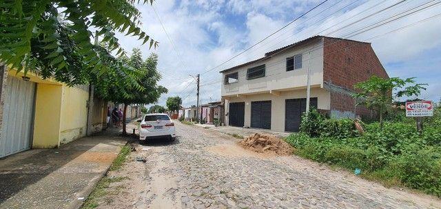 Vendo ou troco linda casa em Horizonte! - Foto 2
