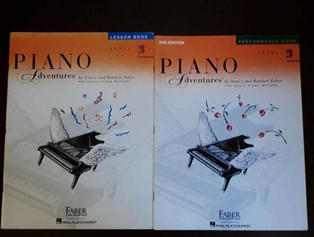 Piano Adventures - 2 Livros - Level 2B