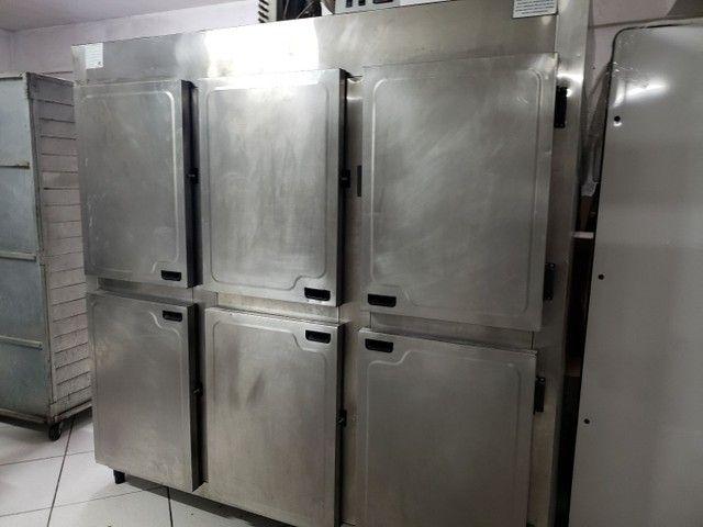 Geladeira industrial 6 portas marca Rodriaço