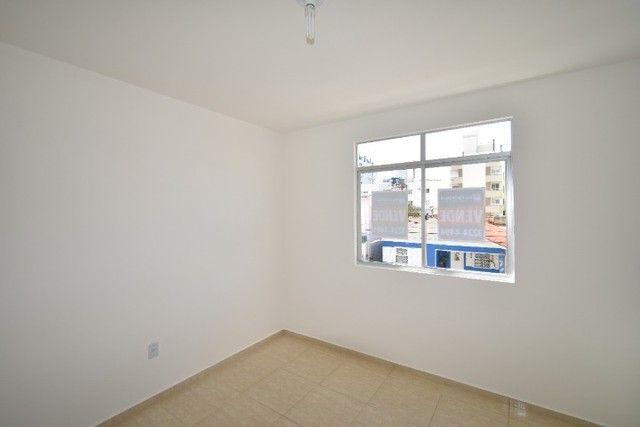 Apartamento amplo e bem localizado no Balneário. - Foto 6