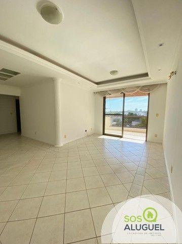 Edifício Residencial Tucanã, 03 quartos sendo 01 suíte, próximo ao choppão.