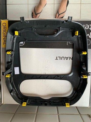 Moldura para multimídia com tela de 9'' Polegadas - Renault Captur - Foto 3