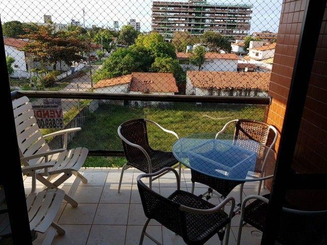 COD 1-438 Apto em Camboinha com 4 quartos bem localizado