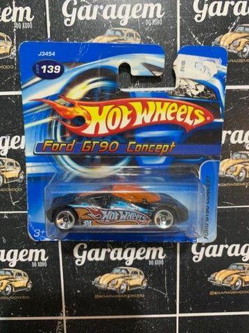 Hot Wheels miniaturas antigas 2011-2013