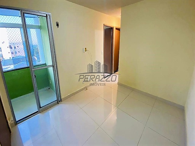 Vende-se ótimo Apartamento no Jardins Mangueiral na QC 11 por R$ 265.000,00